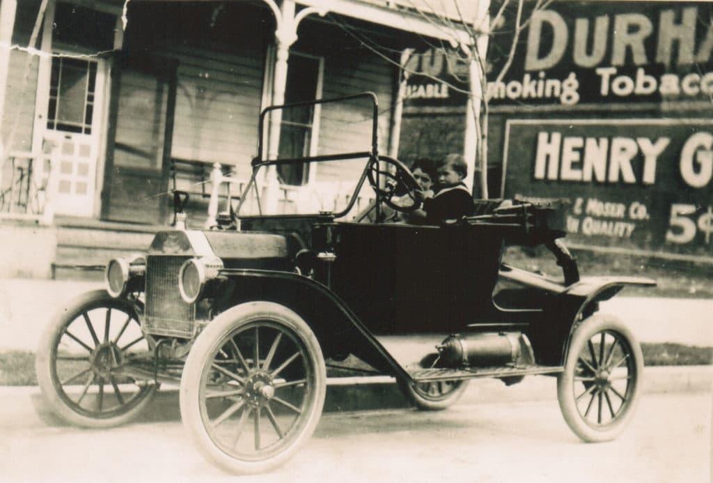 512 W Idaho St History Photo